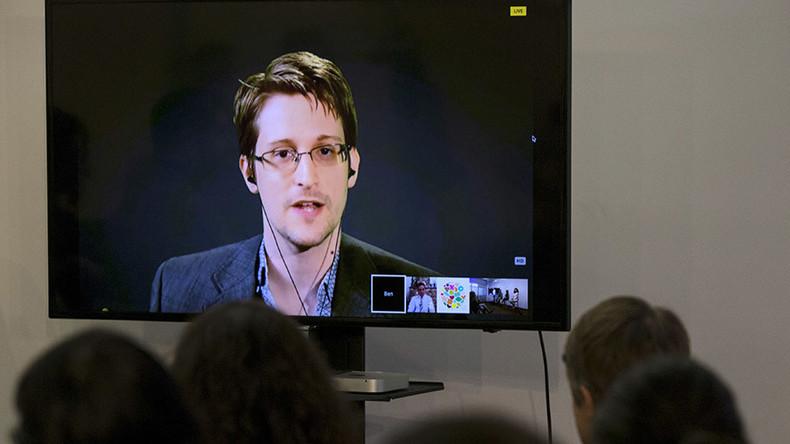 Edward Snowden burns Jeb, Kanye in one devastating tweet