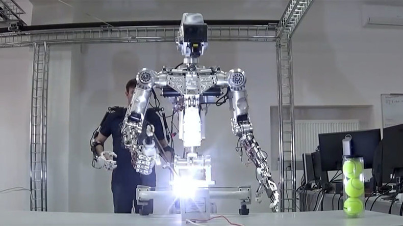 Astro droid? Russians build human-like super-robot for remote-controlled spacewalks