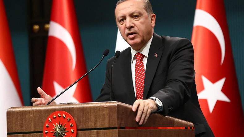 West has no chance of stopping refugee influx – Turkish President Erdogan