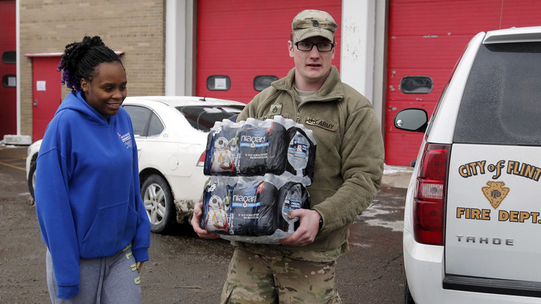 Flint water crisis: Mayor, governor spar over timeline to replace lead pipes