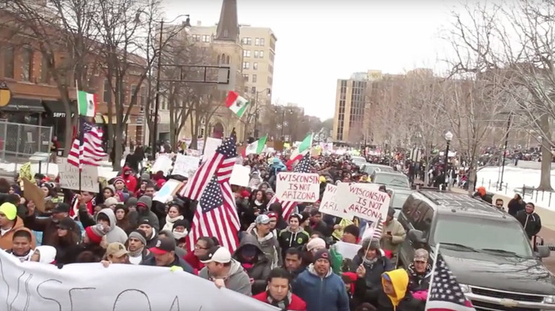 'Day Without Latinos': 20,000 protest Republican immigration bills in Wisconsin