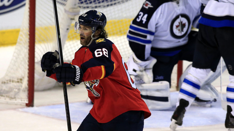 Jaromir Jagr scores goal #742 to become NHL's 3rd highest all-time scorer