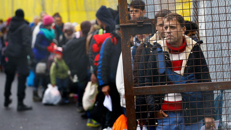 Austria builds up border force amid heavy criticism of 80 refugees-a-day cap