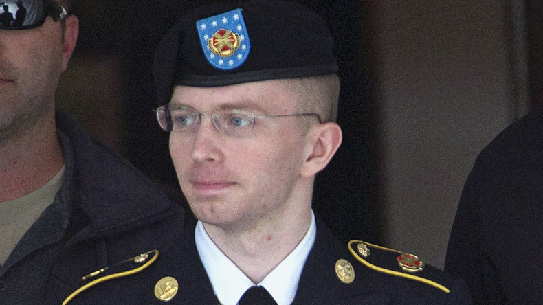 Chelsea Manning's mail censored over 'US copyright law,' EFF cries foul