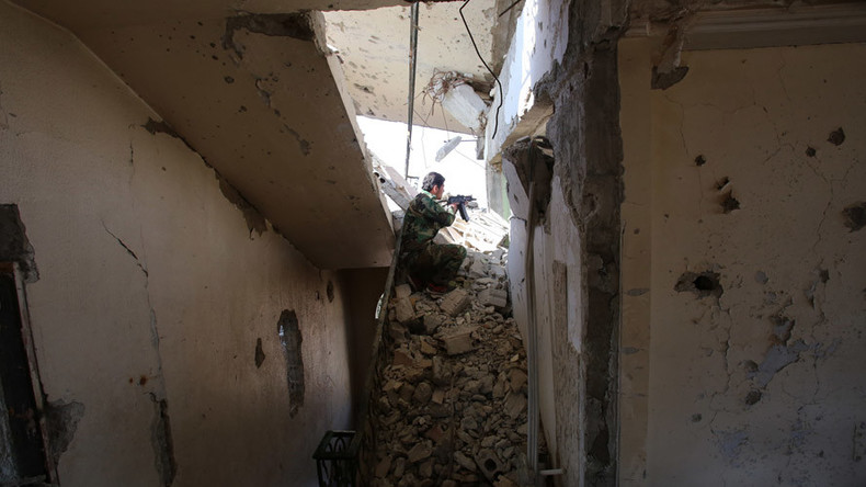 Fierce fighting continues in Damascus suburb ahead of Syrian ceasefire (VIDEO)