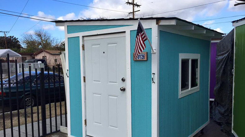 Homeless in Los Angeles lose tiny houses to city cleanup