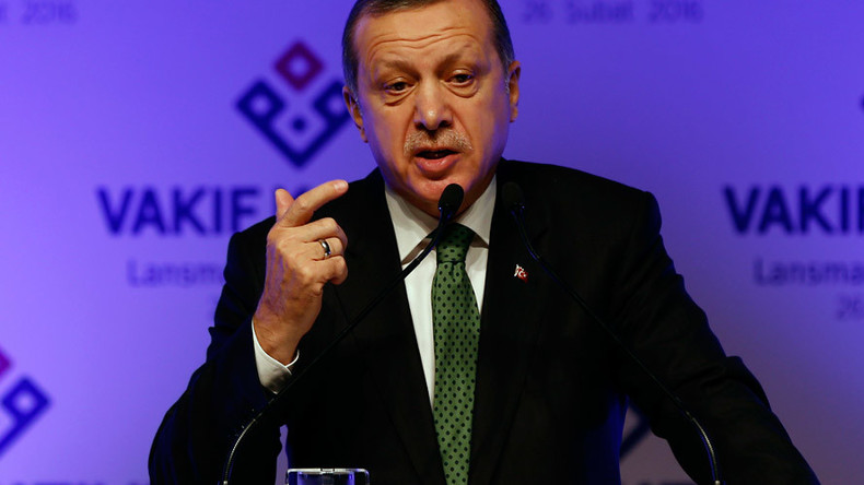 Erdogan: 'I don't respect court ruling to free Cumhuriyet journalists'