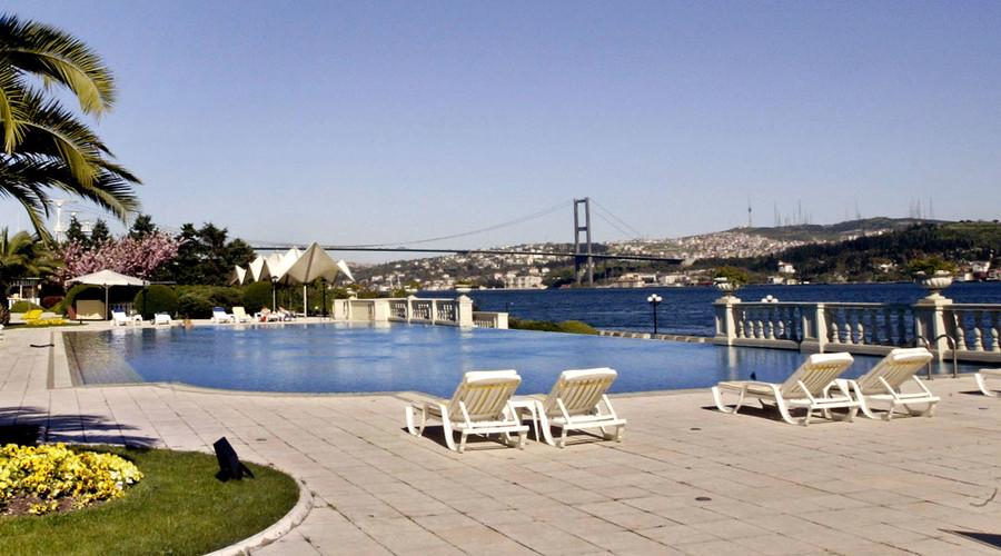 Russian sanctions hit Turkey's tourism industry