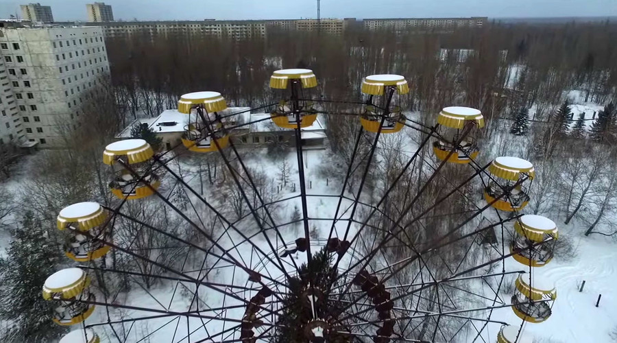 Drone films snowy ghost town Pripyat 30 years after Chernobyl disaster (VIDEO)