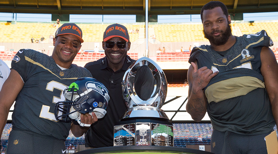 2016 NFL Pro-Bowl: Seahawks duo drives Team Irvin to 49-27 win