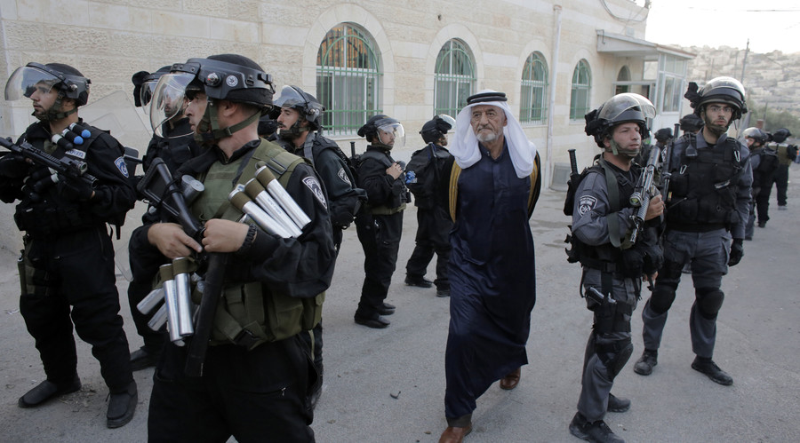 Free to frisk: New Israeli law gives cops green light to stop & search public without reason