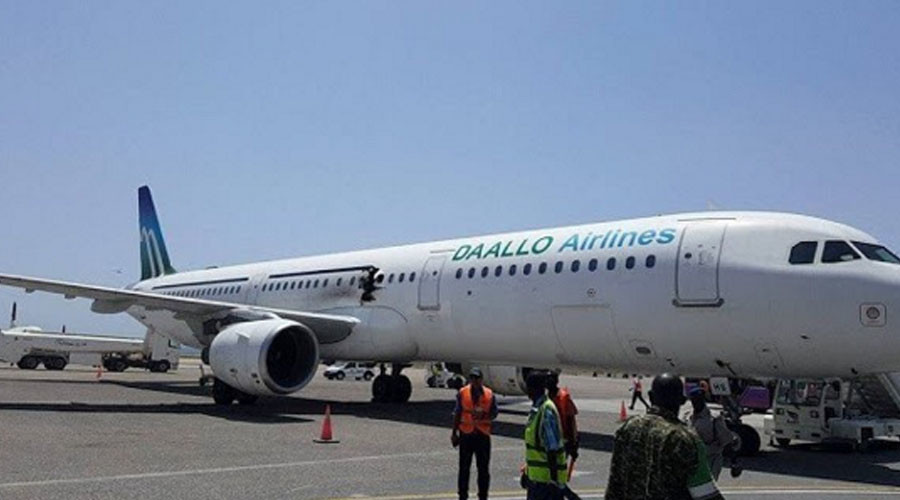 Somali airliner makes emergency landing following onboard explosion