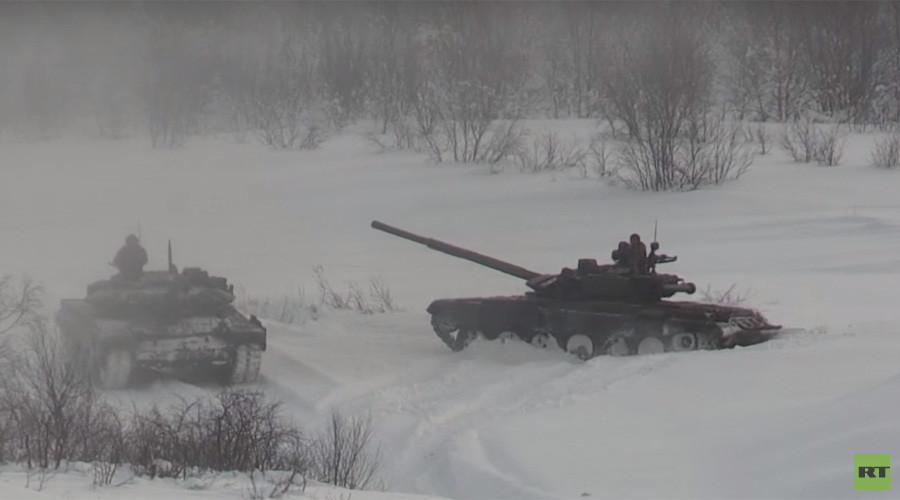 Russian tank biathlon crews hone skills in extreme Arctic conditions (VIDEO)
