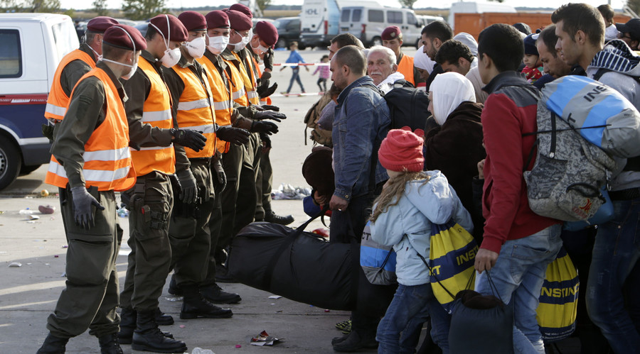 Austria mulls sending troops to Balkans to shut off refugee flow