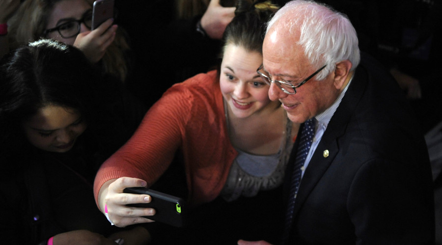 Why youngsters love #FeelTheBern grandfather Sanders?