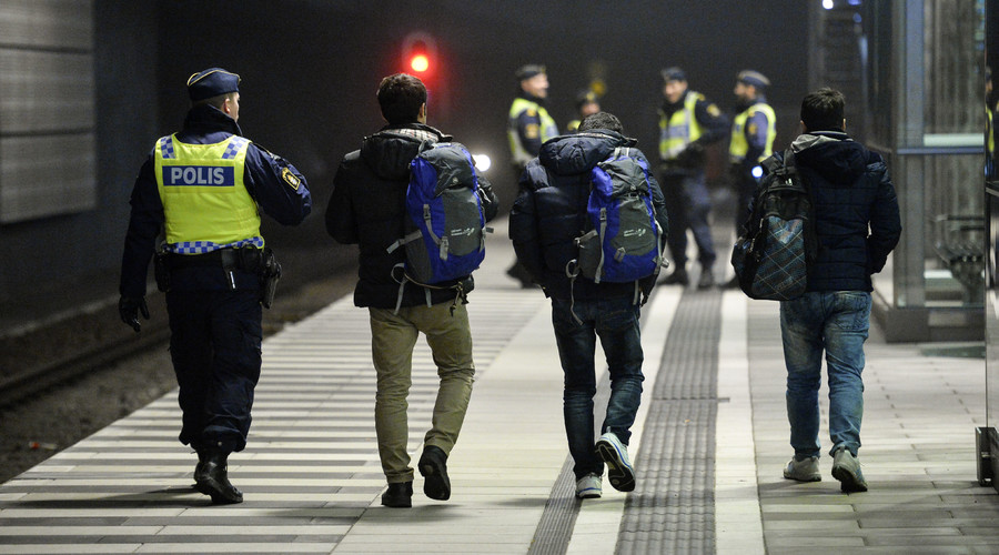 Only 1% of Swedish police callouts over last 100 days involved refugees – report