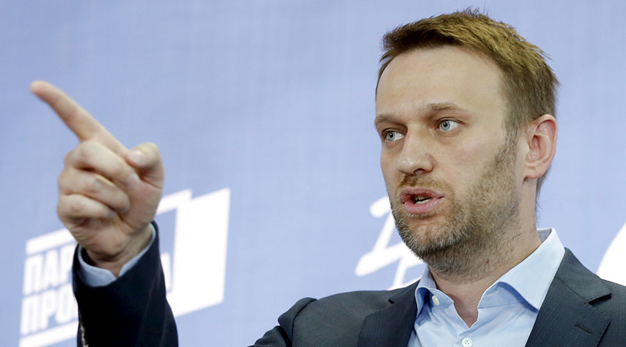 Navalny wants to sue Putin over alleged conflict of interests