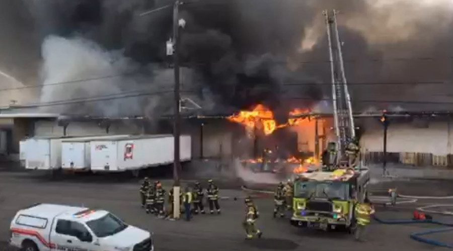 Massive depot fire in New Jersey (PHOTOS, VIDEO)