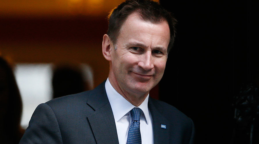 Jeremy Hunt 'vote of no confidence' petition growing rapidly in junior doctors dispute