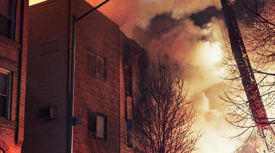 More than 140 firefighters tackling massive blaze in 3-story Brooklyn building