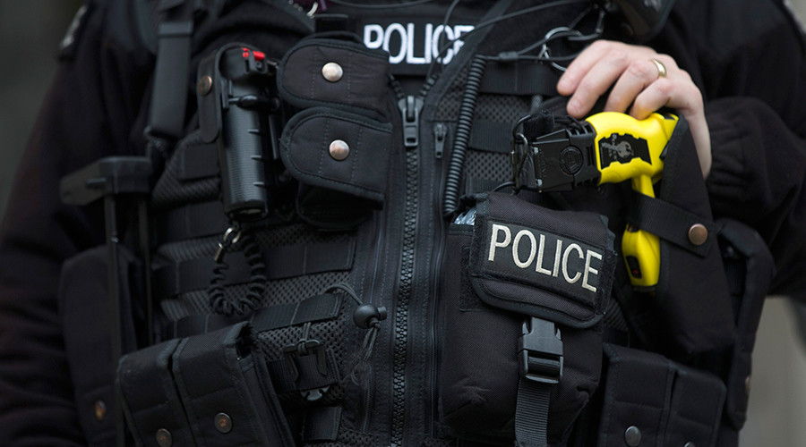UN tells UK to ban police Taser use on children – report