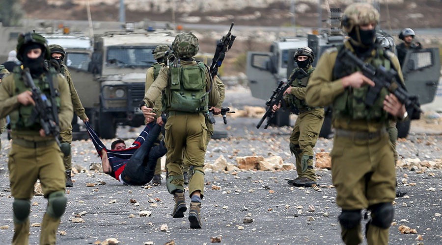IDF soldiers electrocute blindfolded Palestinian for fun, laugh while filming (GRAPHIC VIDEO)