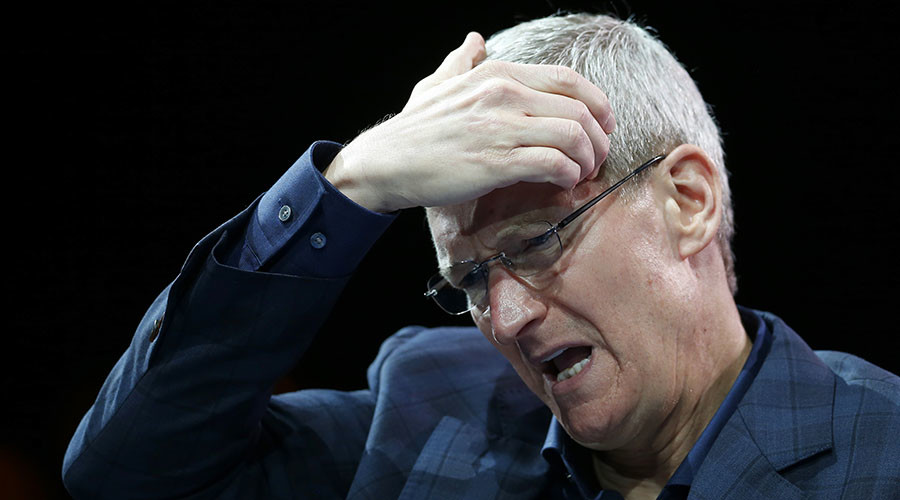 Bad Apple? Tim Cook divides tech users over refusal to make iPhone 'master-key' for FBI
