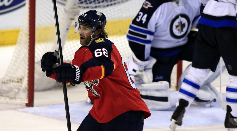 Jaromir Jagr scores goal #742 to become NHL's 3rd highest all-time scorer