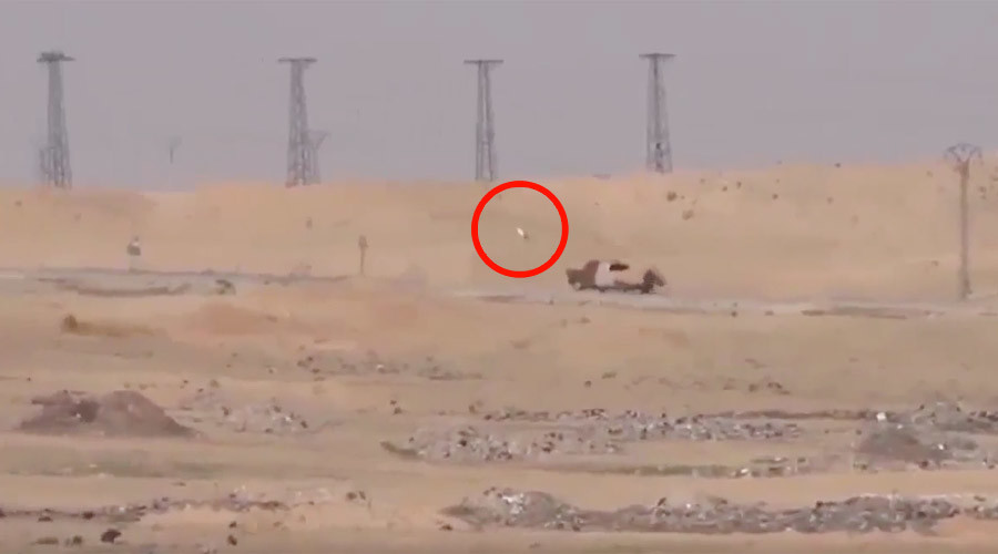 Syrian YPG allegedly uses US high-tech anti-tank missile to blow up ISIS truck (VIDEO)