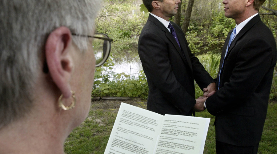 Alabama attorney sues SCOTUS justices who legalized gay marriage