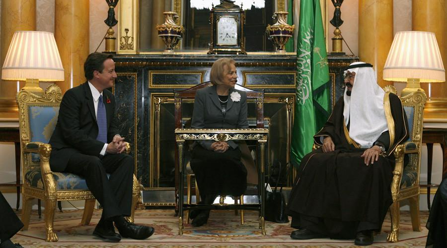 Cameron brags of 'brilliant' UK arms trade as EU embargoes Saudi
