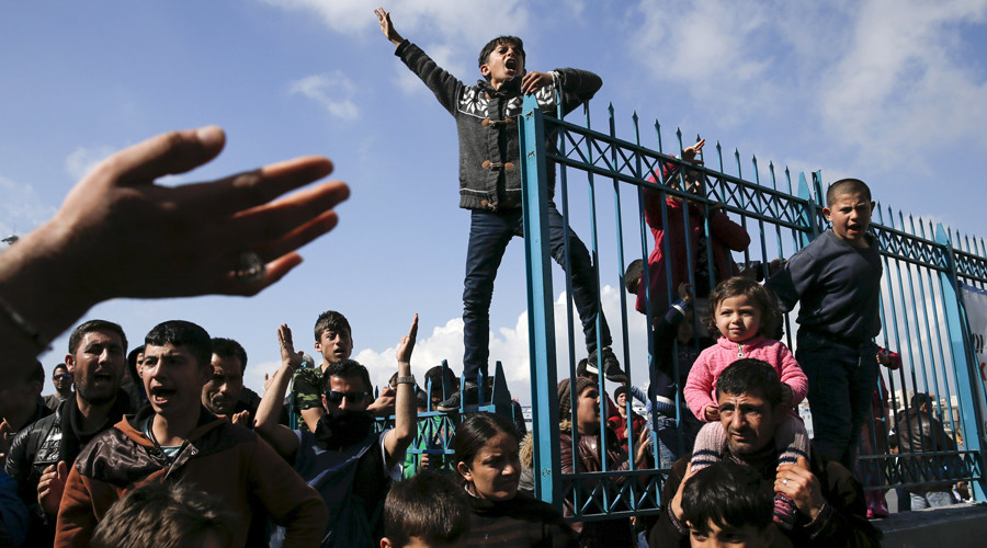 'Greece is panicking as Europe slams door on refugees'