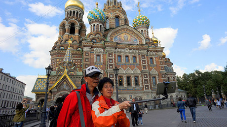A picture taken on September 4, 2015 shows Chinese tourists as they take a