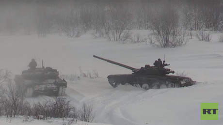 Russian tank biathlon crews hone skills in extreme Arctic conditions (VIDEO)