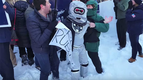 'Robot Rubio' brigade says they were roughed up by Rubio campaign staff