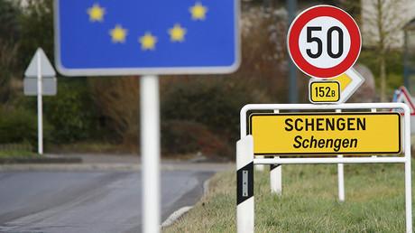Belgium suspends Schengen in fears of Calais 'Jungle' chaos