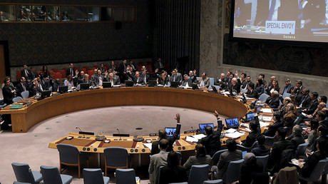The United Nations Security Council votes to approve a resolution endorsing the planned halt in fighting in Syria at the United Nations Headquarters in New York February 26, 2016. © Brendan McDermid