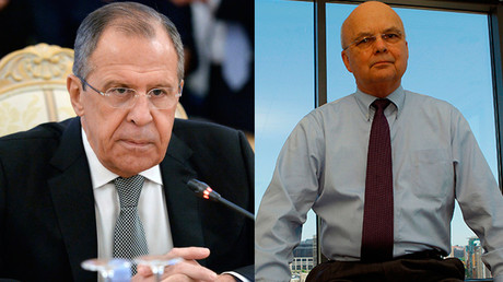 Russian Foreign Minister Sergey Lavrov (L) and Retired U.S. Air Force General Michael Hayden © Sputnik / Reuters