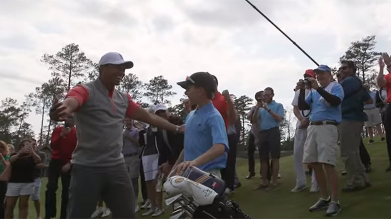 11yo conquers Tiger Woods' new golf course with a perfect hole-in-one shot (VIDEO)