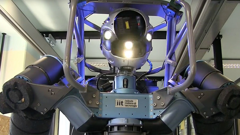 Eerie or exciting? Disaster response droid opens doors, crawls & moves obstacles (VIDEO)
