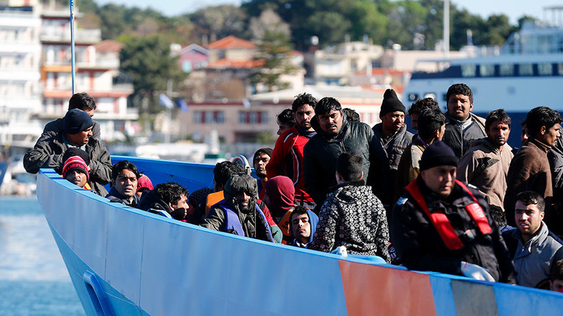 NATO expands anti-trafficking mission to territorial waters of Greece & Turkey