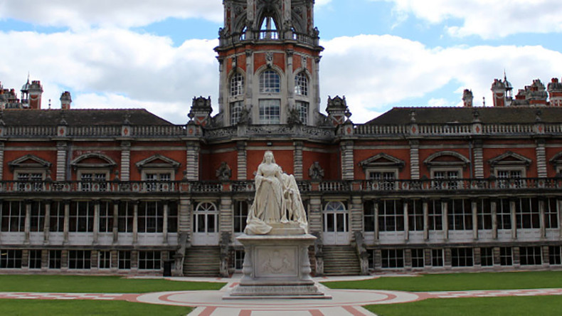 Union denies students demanded removal of 'colonial' Queen Victoria statue
