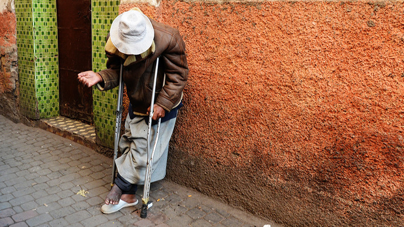 Hand-outs out: Italian town to fine those who give money to beggars