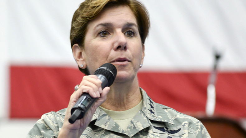 Pentagon nominates first female combatant commander