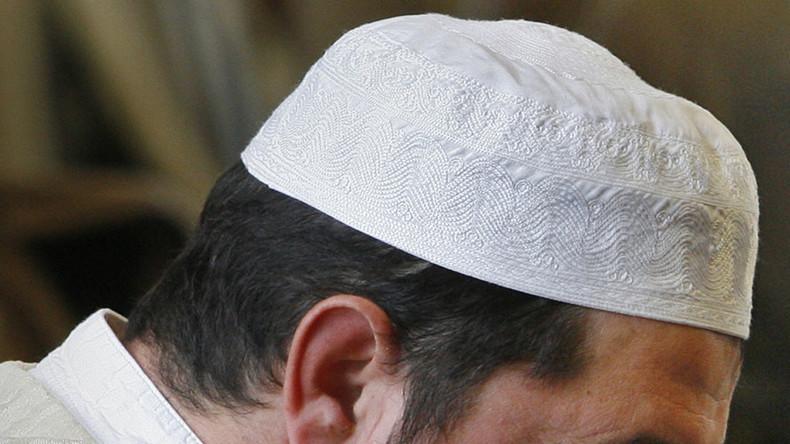 Denmark may strip radical imams of citizenship