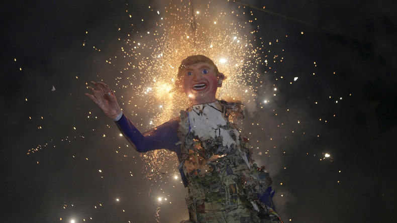 Trump effigies set ablaze in Mexico Easter ritual (VIDEO)