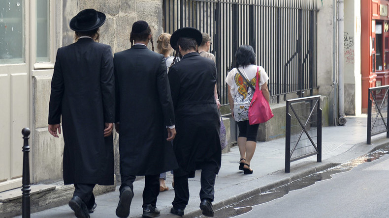 French Jew goes to synagogue dressed as jihadist 'to lighten mood'