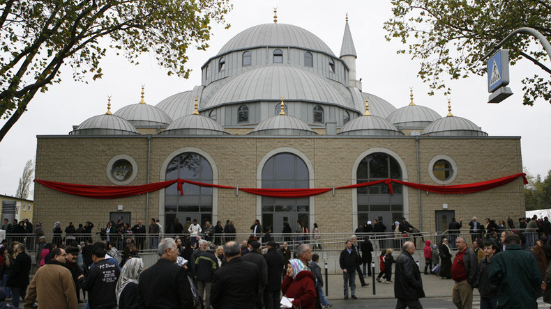 'Banning mosques is equal to banning Islam'