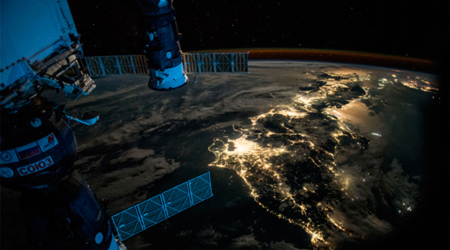 Out of this world: 12 of the best space pics & videos from astronaut Scott Kelly