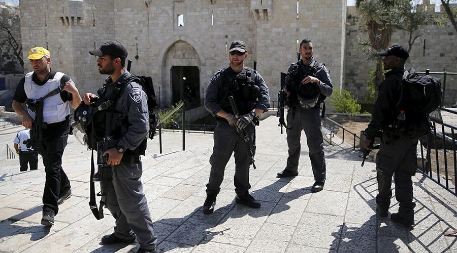 'Apartheid' fence in Jerusalem would cut off 200,000 Palestinians
